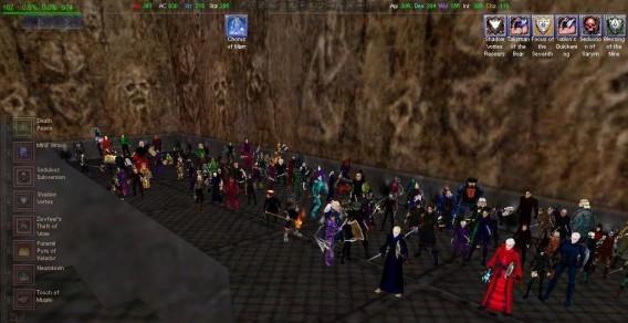 A raid group in EverQuest