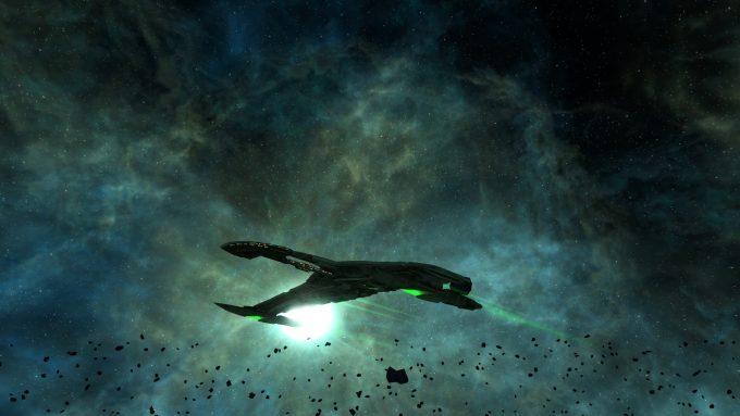 A Romulan warbird in Star Trek: Online